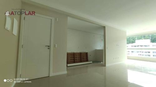 Apartamento Com 1 Suíte E 1 Dormitório À Venda, 75 M² Por R$ 800.000 - Praia De Bombas - Bombinhas/sc - Ap1887