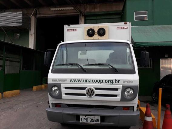 Caminhão Volkswagen Delivery 8150