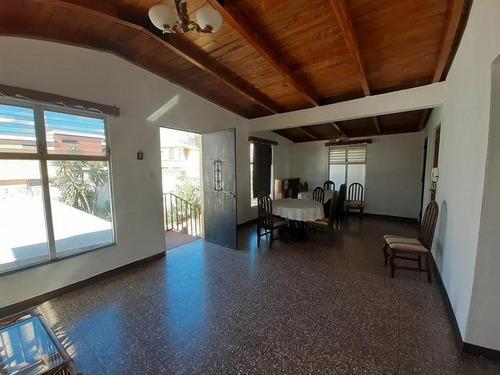 Apartamento En Renta San Cristobal, Cerca Del Bulevar