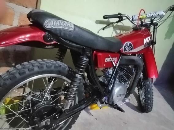 Yamaha Modelo 81