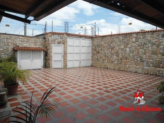 Casa En Venta Urb La Fontana Maracay/ 19-10931 Wjo