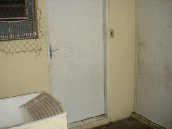 Casa Com 1 Dormitório Para Alugar, 20 M² Por R$ 400,00 - Centro - São José Dos Campos/sp - Ca0994