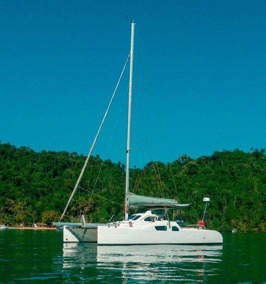 Catamarã Praia 30 Ano 2013/14 Com 2 Motores Yanmar 20 Hps
