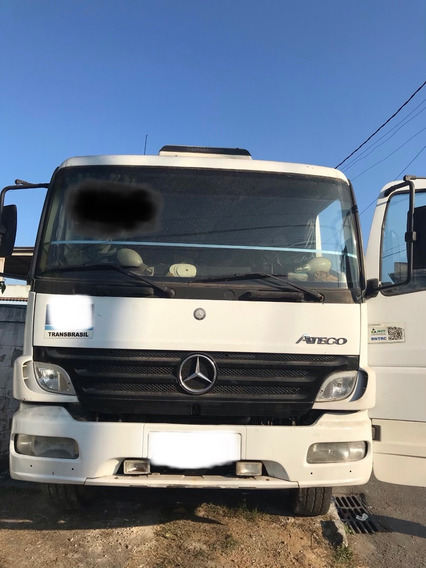 Caminhão Mercedes Benz Atego 2425