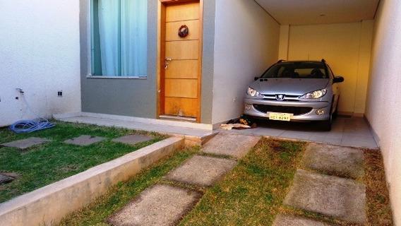 Casa Com 3 Quartos Para Comprar No Cabral Em Contagem/mg - 9189