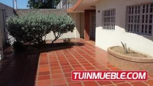 Mls 18-10513 Isabel Barrios Alquilaamplia Casa La Limpia