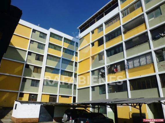 Apartamento De 159 Mtrs Mas Tipo Estudio El Campito Merida.