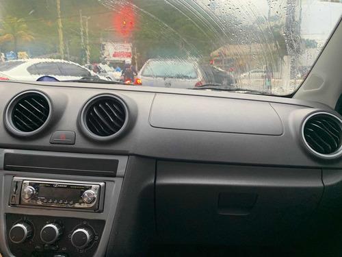 Imagem 1 de 6 de Volkswagen Saveiro 2011 1.6 Cab. Estendida Total Flex 2p