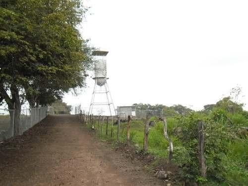 Terreno En Venta Campestre Valle Del Ruiseñor, Entre Liverpool Y Altozano; Zona Norte De Colima