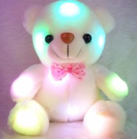 Urso De Pelúcia Com Led Multicolorido Corpo Branco Mesclado