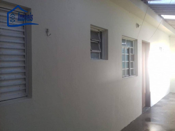 Casa Com 3 Comodos E Garagem Por R$ 650/mês - Jardim Álamo - Guarulhos/sp - Ca0243