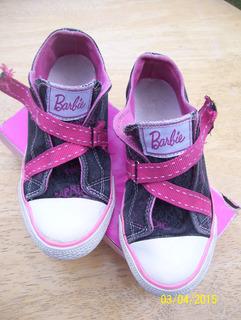 Zapatillas Barbie. Talle 30