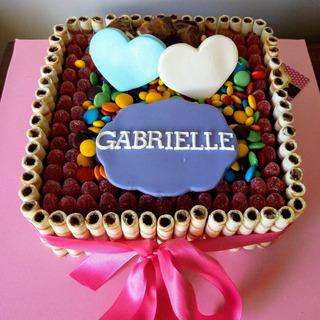 Tortas De Cumpleaños Coloridas Golosinas Chocotorta Brownie