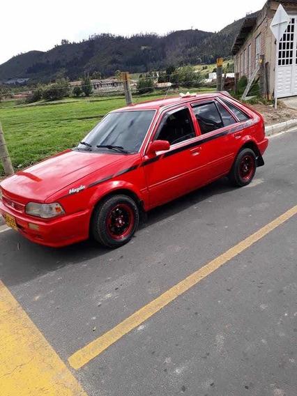 Mazda 323 Vendo Mazda 323