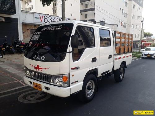 Jac 10-35 Estacas 4x2
