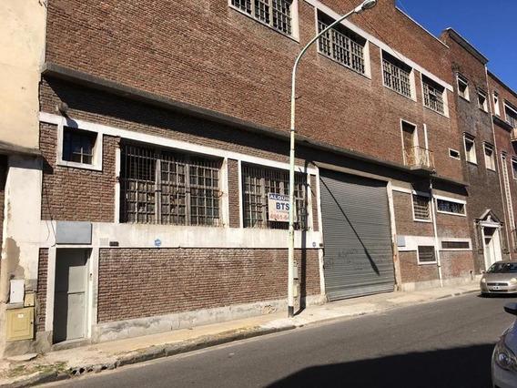 Terreno En Montes De Oca Al 400 Y Zeballos - Avellaneda - 5500 M2