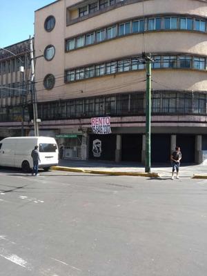 Rento Local En Esquina 5 Cortinas A La Calle Excelente