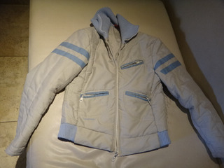 Campera Mujer Talle M (quilmes)