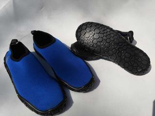 Aqua Shoes Shark