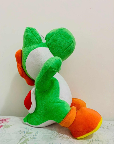 Boneco Pelúcia Yoshi 35cm Super Mario Bross Nintendo
