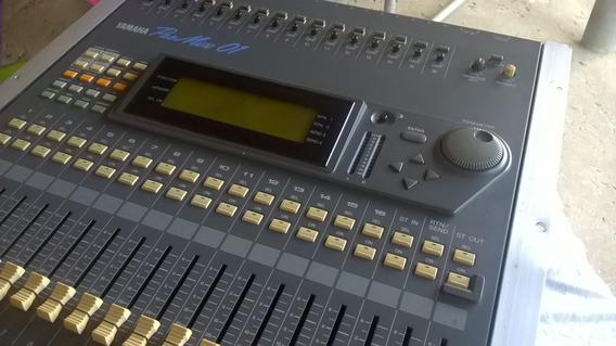Mesa De Som Yamaha Promix 01 Bem Conservada