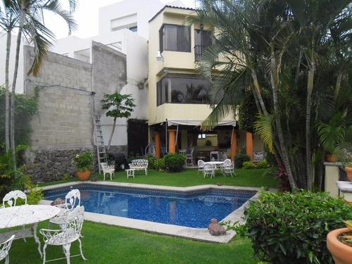 Casa En Privada En Los Cizos / Cuernavaca - Ber-426-cp