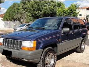 Jeep Grand Cherokee 4.0 Laredo 5p