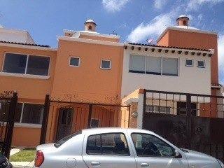 Bonita Casa En Renta En Fracc. Milenio Iii Qro. Mex.