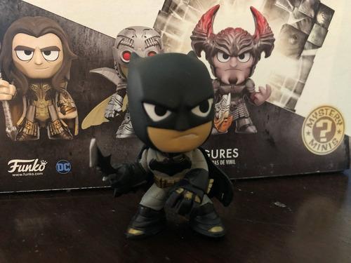 Funko Mystery Minis Justice League Batman