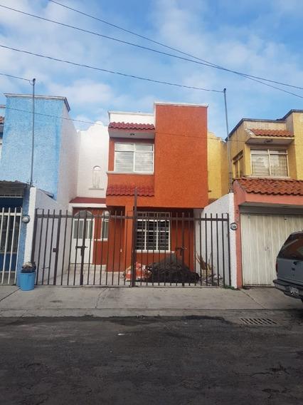 Hermosa Casa De 3 Recámaras