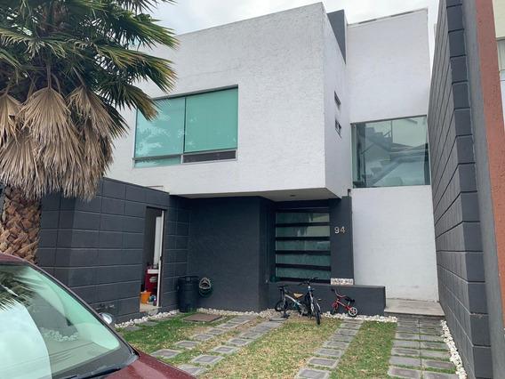 Casa Hermosa 3 Recámaras 2 Y Medio Baños Sn Pedro Cholula