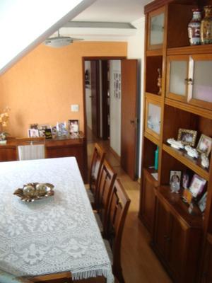Ótima Cobertura De 3 Quartos, Sendo 2 Suites, 2 Salas, 4 Banheiros, Cozinha Planejada, 2 Vagas E Elevador. - 3036