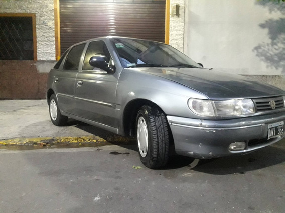 Volkswagen Pointer 1.8 Gli