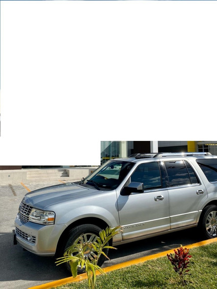 Lincoln Navigator Corta Ultimate 2011 Plata