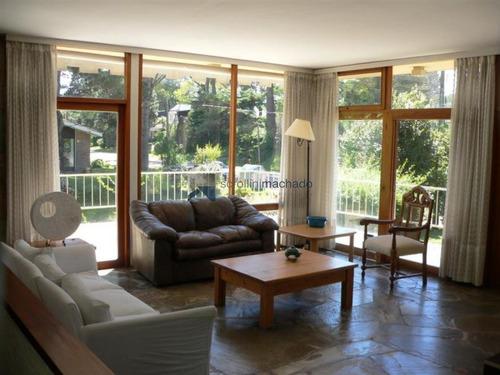Casa En Alquiler Temporario Mansa 3 Dormitorios- Ref: 1023