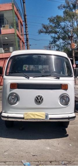 Volkswagen Kombi 1.6 2p Gasolina 2000