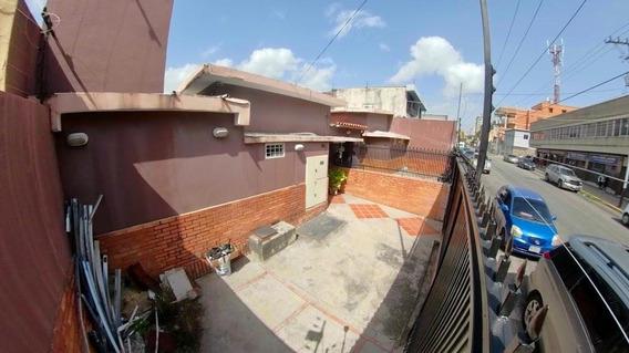 Comercios En Barquisimeto Zona Centro Flex N° 20-21270, Lp