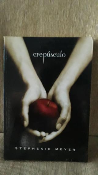 Série Crepúsculo (4 Livros) + Guia Oficial Ilustrado