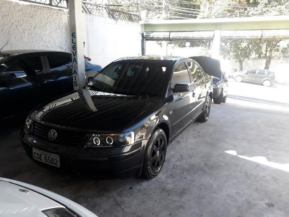 Volkswagen Passat 2.8 V6 4p 190 Hp 2000