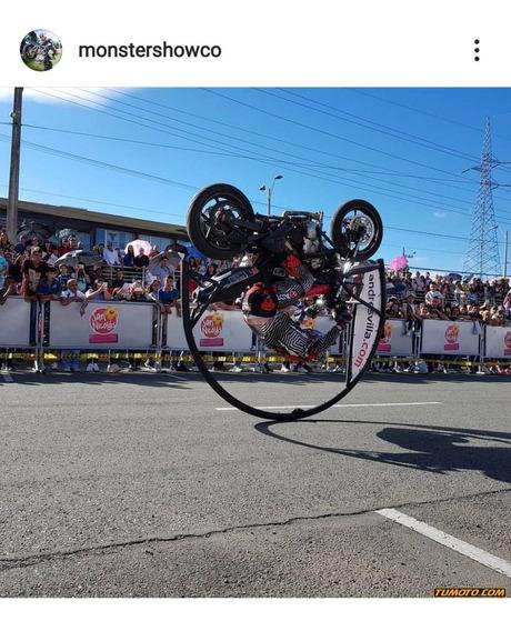 Kawasaki Er6n Stunt