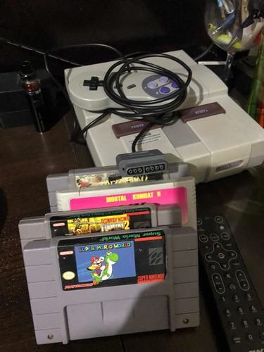 Super Nintendo + 04 Fitas