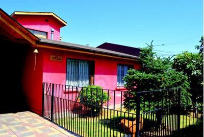 Hermosa Casa Cercana A Rojas Magallanes