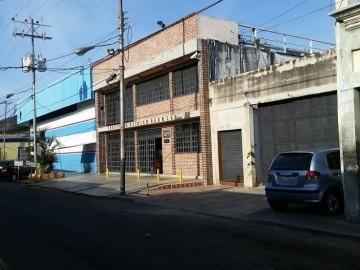 Clínica En Venta En San Blas, Valencia, Carabobo,18-71006,