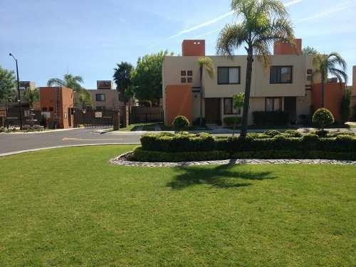 Renta Casa Amueblada. Puerta Real. Rcr190206-lp