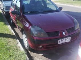 Renault Clio Authentique 1.2 Año 2005 Color Rojo Cereza