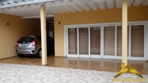 Oportunidade - A Sua Casa No Centro De Itanhaém Com O Melhor Preço - São Três Quartos, Suíte E Um Terreno Grande Para Construção De Piscina - Ca00033 - 34123185
