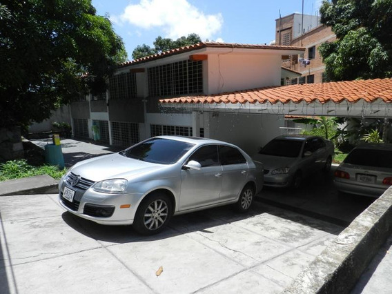 Casa En Venta 15-10279 Rent-a-house Multicentro