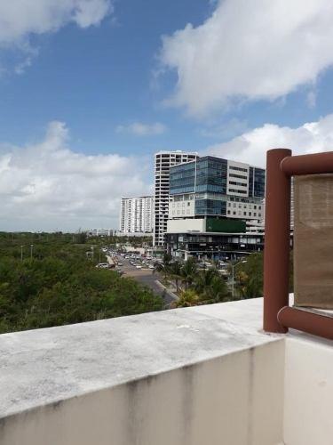 En Venta Departamento En Isla Del Sol , Cancun C2595