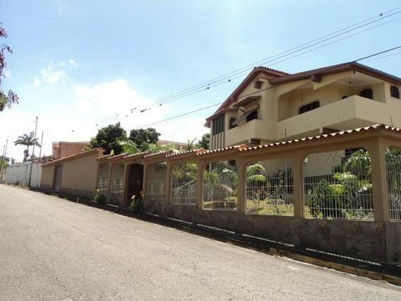 Casa En Venta Barquisimeto Santa Elena 20-3010 Jg