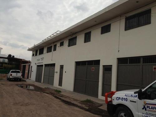 Bodega Comercial En Renta Fracc La Valenciana